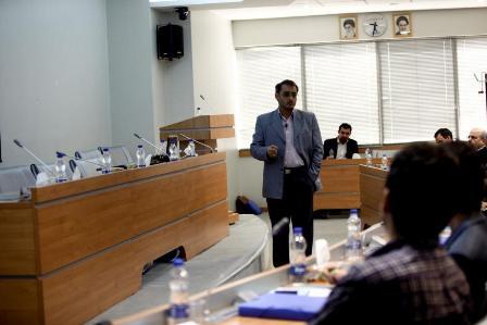 حسین حمیدی فر در اولین همایش سیستمهای اطلاعات مدیریت پروژه